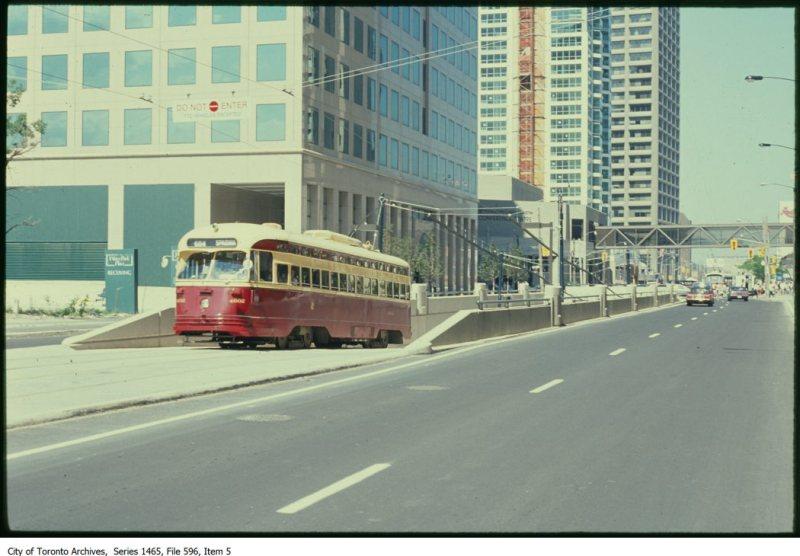TTC LRT - Queens Quay. - [199?]-[199?]