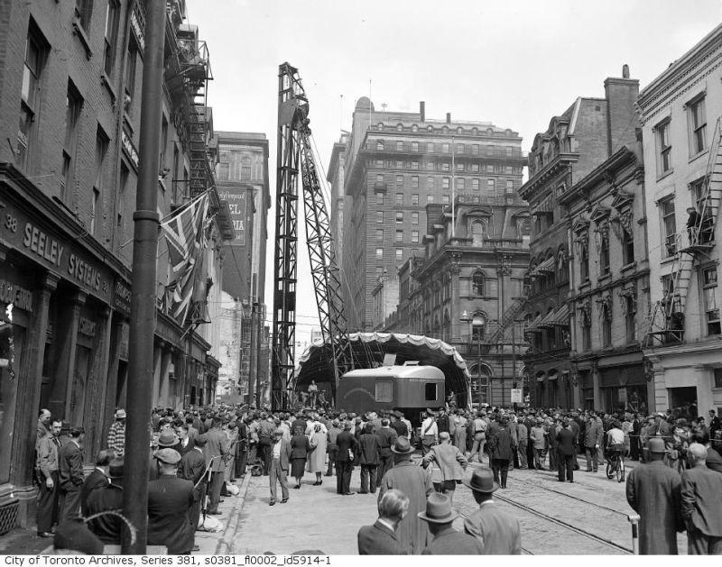 yonge-subway-groundbreaking-1949