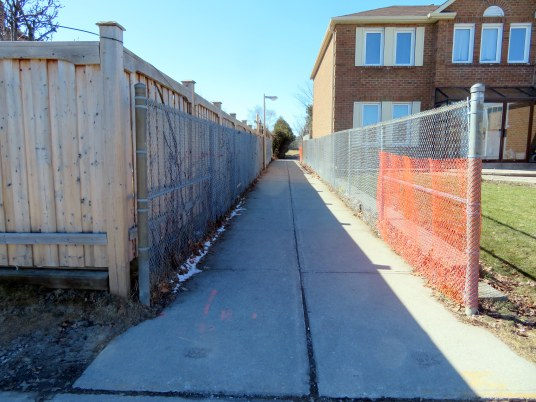 The walkway from Canongate Trail to Kennedy Public School and a nearby park
